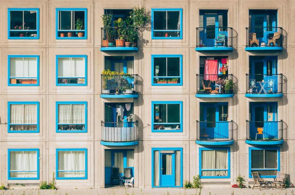 Real Estate investment in condos and apartment buildings